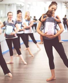 Risultati immagini per babywearing dance