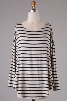 Long sleeves round neck dropped shoulder striped knitted top