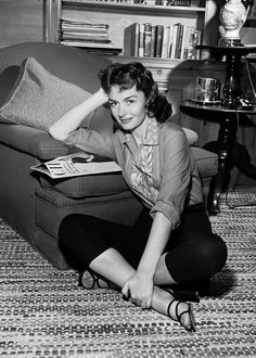 Donna ReedReed - THE LAST TIME I SAW PARIS ('54)