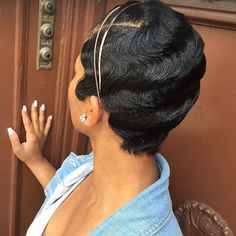 Classic waves on this pixie styled by sorayahstyles brooklynstylist brooklynhair nycstylist shorthair voiceofhair ✂️========================== Go to VoiceOfHair.com ========================= Find hairstyles and hair tips! =========================