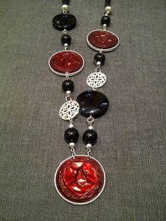 Collana con cialde nespresso e pietre laviche blu   Cod. CL56           Collana con cialde nespresso rosse ed elementi argento   Cod. C...