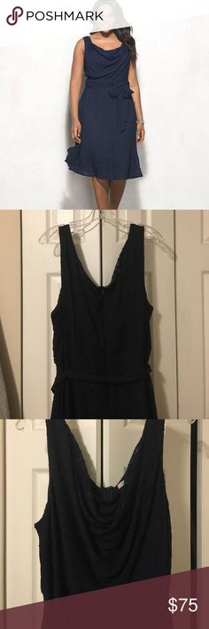 """Stunning Luxe by Carmen Marc Valvo dress EUC Luxe by Carmen Marc Valvo. Gorgeous navy blue lace dress. Fit and flare midi dress with sash. This dress was made for dancing! 43"""" from shoulder to hem. ⭐️ make an offer ⭐️ Luxe by Carmen Marc Valvo Dresses Midi"""