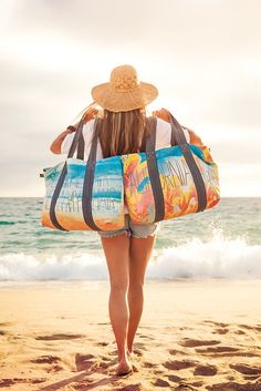 Hit the beach with our Reversible Quote Totes // 6 designs available on-line #beachbag