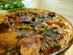 Ägyptisches Rezept für Kartoffeln aus dem Ofen mit Tomatensoße -Thaneya Patatis