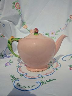 Reserved for Julie Anne Rosebud handle and lid Royal Winton, Grimwades