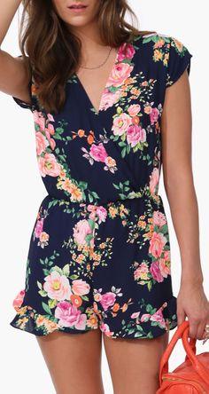 Outfit    black & pink floral romper