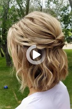 Half up half down wedding hairstyles are timeless and true. Check out these 42 elegant and stunning half updo looks for your wedding day! #simplehairstyles