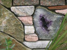 {Garden} Garden wall idea #crystals #garden #amethyst
