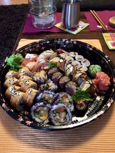 Tempura Sushi, Sashimi, Sprouts, Vegetables, Food, Veggies, Vegetable Recipes, Brussels Sprouts, Meals
