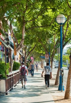 West Hollywood: Most Walkable City in California - The Traveler's Way