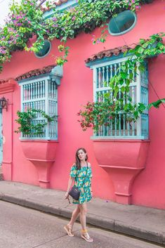 Discover all of the most instagrammable places in Cartagena, Colombia in this detailed photography guide. | photos Cartagena Colombia | cartagena photography | Cartagena street photography | hidden gems Cartagena Colombia | umbrella street Cartagena | colombia walled city | cartagena colombia pictures | what to see in cartagena colombia Photography Guide, Street Photography, Umbrella Street, Colombia Travel, Walled City, Pink Houses, South America Travel, Photo Location, Latin America