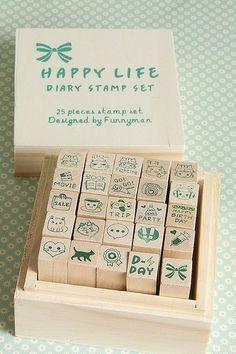 HAppy Life stempel set met houten doos van De lekkernijen van Rak via http://nl.dawanda.com/