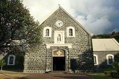 Cadran d'horloge Bodet installé sur le clocher de l'église de la Conversion de Saint-Paul, Île de la Réunion.