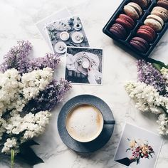 """MINIMALIV on Instagram: """"My moment! . #vsco#vscocam#vscogood#vscogrid#vscogram#vscophile#vscoph#vscodaily#sweet#macarons#tv_living#coffeetime#coffeelover#coffee#coffeeaddict#vscofood#food#foodporn#foodie#foodgasm#foodstagram#instafood#instadaily#instalike#rsa_ladies#mymoment#mytime#flower#flowers""""  // flatlay ideas, macarons, flatlays, blogging, pretty pictures"""