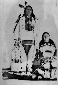 Assiniboine couple - circa 1900