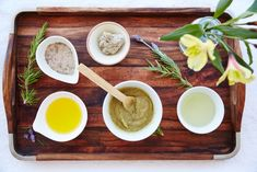 Have eczema or dry skin? Look for ingredients like colloidal oatmeal, aloe vera,… – Dry Skin Care Skin Care Regimen, Skin Care Tips, Organic Skin Care, Natural Skin Care, Aloe Vera, Sensitive Skin Care, Anti Aging Skin Care, Oily Skin, Healthy Skin