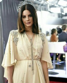 Lana Del Rey/ Grammy 2018 Lana Del Rey Grammy, That Poppy, Celebs, Celebrities, Simply Beautiful, Beautiful Things, Woman Crush, Old Hollywood, Pretty People