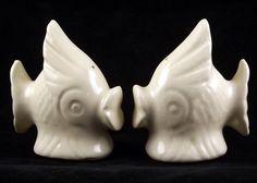 Shawnee_pottery_tropical_fish_salt_pepper_shakers_1
