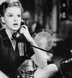 We Had Faces Then — Judy Garland in Life Begins for Andy Hardy (George... Judy Garland, Classic Actresses, Classic Films, Vintage Hollywood, Classic Hollywood, Hollywood Glamour, Hollywood Stars, Secret Relationship, Veronica Lake