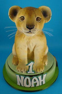 lion cub cake Lion Cakes, Lion King Cakes, Cubs Cake, Anti Gravity Cake, Reptile Party, Jungle Cake, Cake Topper Tutorial, Cute Lion, Animal Cakes