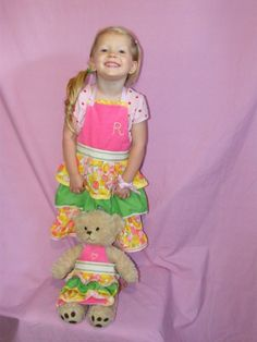 Tot and Teddy aprons FREE TUTORIAL