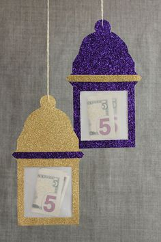 Eid money hanging in paper lanterns. Craft by Hello Holy Days! for Martha Stewart. You could make one for each day of Ramadan & put money in each day for each child & then let them pick a charity to donate it to at the end. Eid Al Adha, Eid Moubarak, Eid Ramadan, Mubarak Ramadan, Hajj Mubarak, Ramadan Celebration, Eid Crafts, Ramadan Crafts, Ramadan Decorations