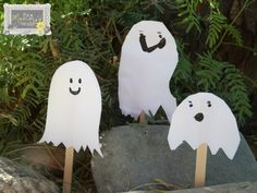 Halloween ghost puppet craft