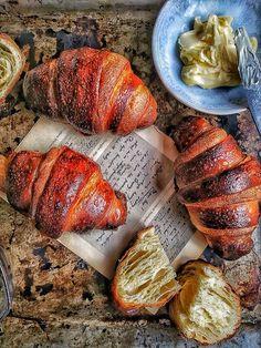 Croissant z kvásku - Nelkafood s láskou ku kvásku Croissants, Pork, Bread, Buns, Hampers, Kale Stir Fry, Crescents, Brot, Crescent Roll