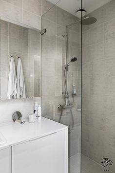 Yläkerran vessa Handicap Bathroom, Laundry Room Bathroom, Bathroom Toilets, Small Bathroom, Toilet Plan, Lets Stay Home, Toilet Design, Dream Bathrooms, Bathroom Inspiration