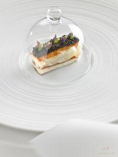 @ Château de La Chèvre d'Or. Hôtel et restaurant dans un village. Rue du Barri 06360 Eze-Village (Alpes-Maritimes). France. #relaischateaux #dessert #gourmet #chevredor