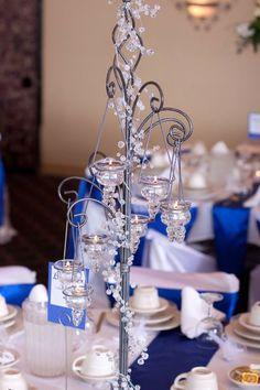 Lindo candelabro para centro de mesa, quinceanera o bodas  ideas  en recuerdos  www.joyfullcelebrations.com