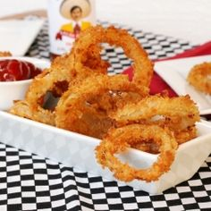 Crispy Onion Rings - made with hot sauce and cayenne pepper.