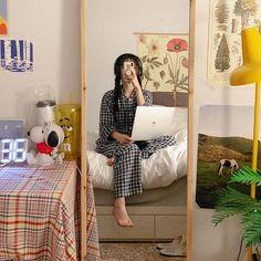 Classy Aesthetic, Korean Aesthetic, Aesthetic Photo, Aesthetic Girl, Ulzzang Korean Girl, Cute Korean Girl, Asian Girl, Seoul Fashion, Korean Fashion