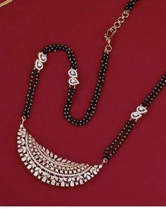 Jewelry Design Earrings, Gold Earrings Designs, Hair Jewelry, Pendant Jewelry, Diamond Jewelry, Gold Jewelry, Jewellery Designs, Mehndi Designs, Gold Pendant