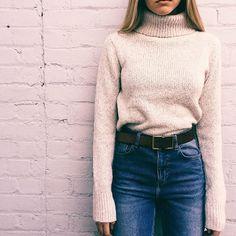 oatmeal turtleneck + high waist jeans