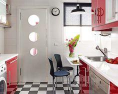 Circle windows in the kitchen door, great idea!