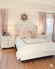 Want to create a romantic bedroom? These romantic bedroom ideas are full of easy-to-recreate decorating tips and design ideas. Romantic Master Bedroom, Dream Bedroom, Home Decor Bedroom, Modern Bedroom, Romantic Room, Contemporary Bedroom, Serene Bedroom, Master Suite, Bedroom Neutral