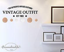 Appendiabiti Vintage Outfit