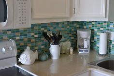 #Backsplash Our Beach Condo - Part 1 - Worthing Court I'd love this backsplash tile to make a breakfast tray for my guest bedroom.
