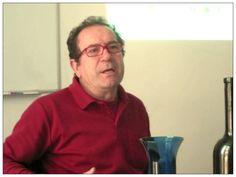 Juan Carlos Ruiz de Vino y Cultura, un instante durante la cata de infusiones en la Unión Española de Catadores (25.05.2013). Expertos en Periodismo Gastronómico y Nutricional, Fac. CC Información, UCM (UCMgastro). Imagen Nuria Blanco, @nuriblan