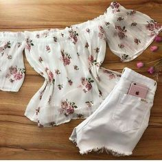 Girly Outfits, Summer Outfits, Cute Outfits, Fashion Outfits, Womens Fashion, Fashion Trends, Look Short Jeans, Black Girls Hairstyles, Summer Of Love