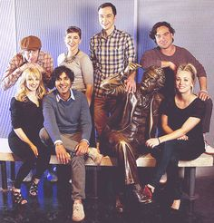 The Big Bang Theory cast...I love how cute they all look in real life...