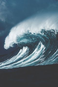 Stormy Cresting Wave // GC