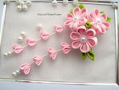 Clip de pelo de flores de tela Kanzashi con por MARIASFLOWERPOWER