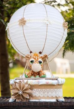 Lift your baby shower to the next level with this easy DIY Gender Neutral Hot air Balloon Diaper Cake tutorial! It will be the perfect center piece decoration to take your party Up up and away! Create more than one for fun party favors for Expectant Moms Diy Baby Shower Centerpieces, Baby Shower Favors, Baby Shower Themes, Baby Shower Gifts, Diy Centerpieces, Diy Shower, Shower Party, Baby Shower Parties, Shower Cake