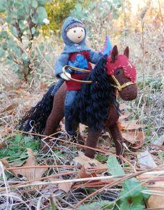 Miniature knight doll and felt horse Natural toys by Wildflower Innocence Felt Dolls, Doll Toys, Paper Dolls, Waldorf Crafts, Waldorf Toys, Dollhouse Dolls, Dollhouse Ideas, Felt Fairy, Clothespin Dolls