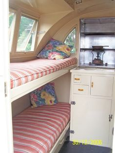 Add wall-mounted tie-down brackets to secure cat carriers and viola! Vintage Campers Trailers, Retro Campers, Vintage Caravans, Camper Trailers, Travel Trailer Interior, Vintage Camper Interior, Retro Caravan, Caravan Ideas, Caravan Bunks