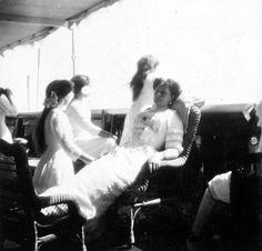 Alexandra & OTMA onboard the Standart, 1912