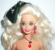 1991 Happy Holidays Christmas Barbie Doll 799 Via Etsy Vintage Legetj
