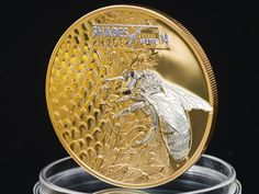 Cook Islands 2014 Shades of Nature-Bee Coin Bee Honeycomb, I Love Bees, Coin Design, Bee Gifts, Coin Art, Gold And Silver Coins, Bee Art, Beautiful Bugs, Proof Coins